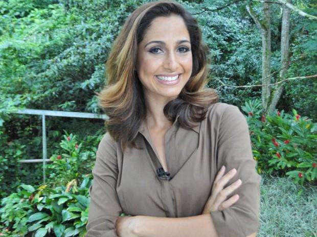 Camila Pitanga conta que carrega sempre uma quentinha para o trabalho (Foto: Mais Você / TV Globo)