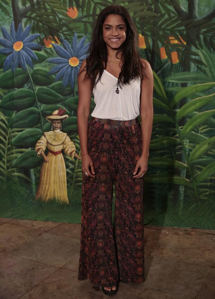 Lucy Alves chega para a confraternização do final da novela; ela interpretou Luzia (Foto: Felipe Monteiro/ Gshow)