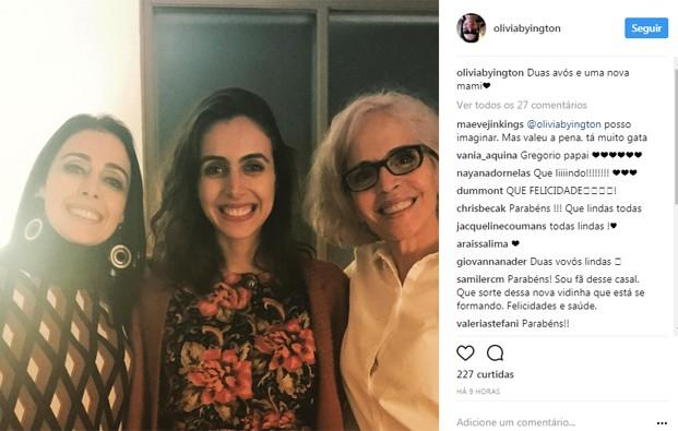 Giovanna Nader, namorada de Gregório Duvivier, entre a mãe e a sogra, Olivia Byington (dir) (Foto: Reprodução/Instagram)