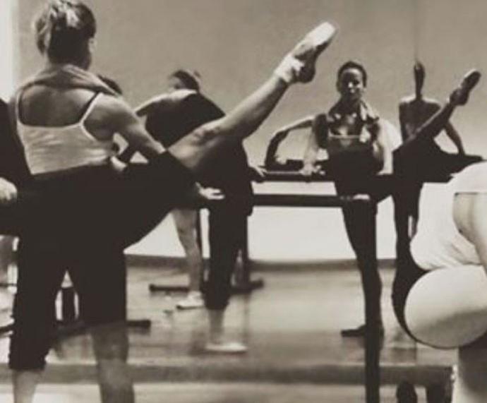 Fernanda de Freitas praticando balé (Foto: Arquivo Pessoal)