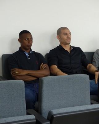 Inter coletiva doping Nilton Wellington (Foto: Jessica Mello/Globoesporte.com)