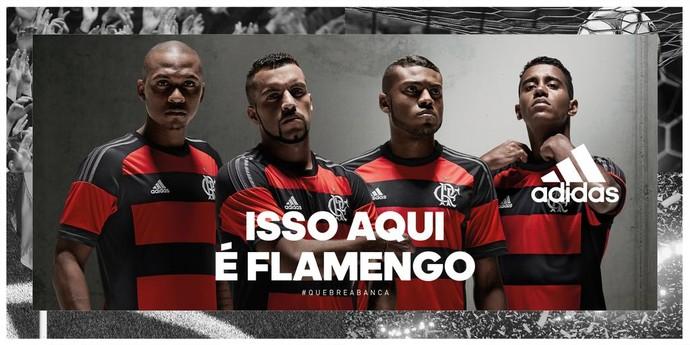 02eb4afbaa Camisa Fla (Foto  Reprodução Twitter) Jogadores do Flamengo posam com a nova  ...