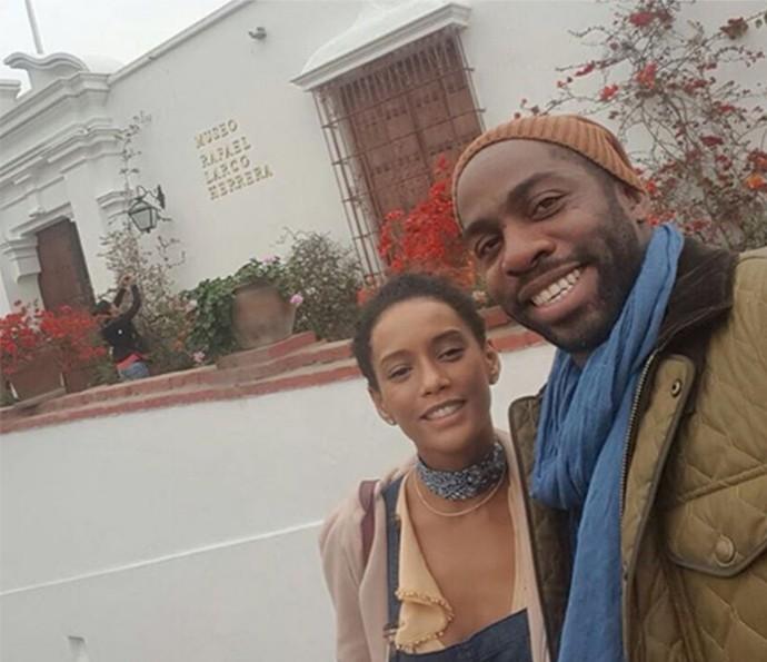 Casal visita museu em Lima (Foto: Arquivo pessoal)