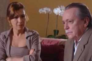Natalia do Vale interpreta a mãe de Soninha (Foto: Reprodução TV Globo)