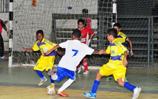 Atletas da categoria  Sub-12 começam nesta terça-feira a decidir o título da temporada (Foto: Reynesson Damasceno (FRFS))