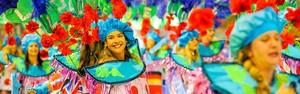 Carnaval tem noite de gala com perfume, capoeira e Beatles (Weliton Aiolfi/ G1)