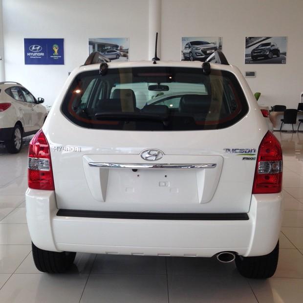 Nas Lojas: Hyundai Tucson 2015 é oferecido por R$ 70 mil (Foto: Divulgação)
