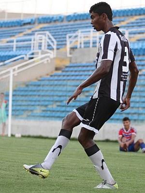 Potiguar é um dos profissionais que reforça a equipe Sub-20 do Vovô (Foto: Divulgação / CearaSC.com)