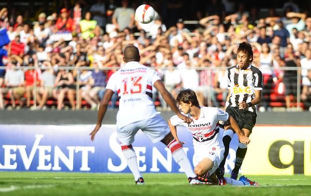 Rodrigo Caio e Neymar (Foto: Marcos Ribolli/Globoesporte.com)