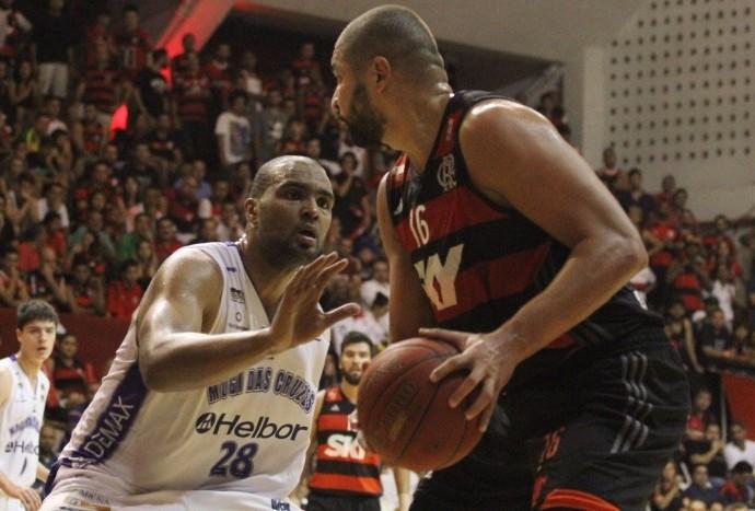 Lucas Mariano marca Olivinha na vitória do Mogi Mirim (Foto: Gilvan de Souza/Flamengo)
