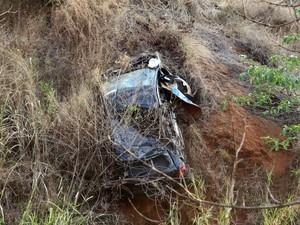 Carro foi encontrado em Minas Gerais. (Foto: Marley Mello)