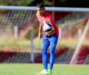 Erick Náutico (Foto: Marlon Costa/ Pernambuco Press)