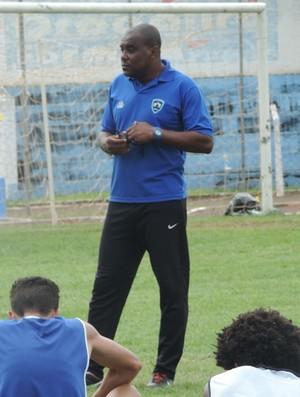 Osvaldo Cruz, Gilmar Tadeu (Foto: João Paulo Tilio / GloboEsporte.com)