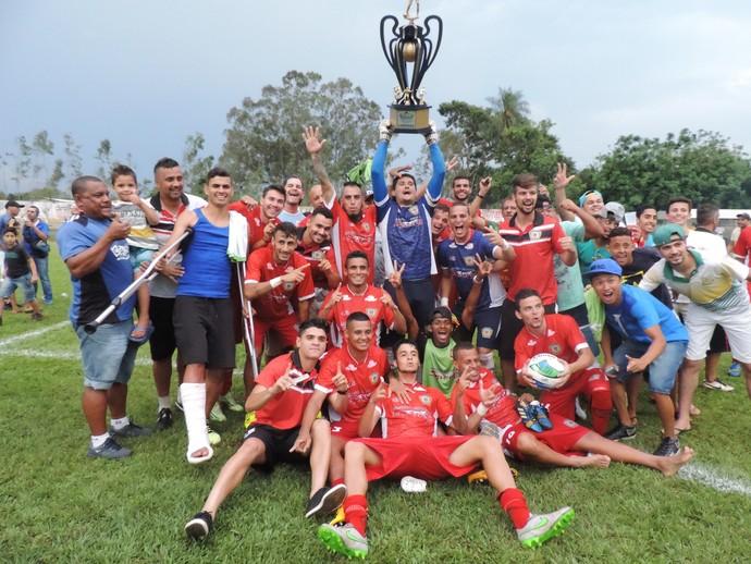 Itaporã campeão da segundona estadual 2015 (Foto: Renato Giansante/Itaporã)