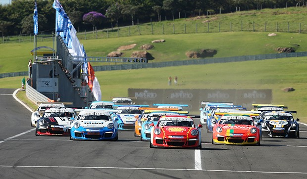 Largada da Cup - corrida 1 (Foto: Divulgação/Luca Bassani/Porsche Império GT3)
