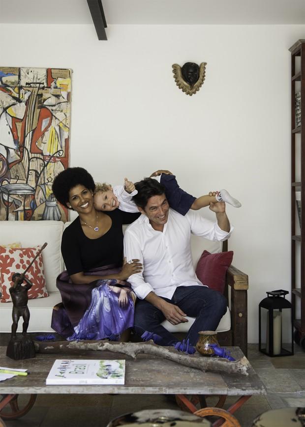 Alexandra Loras decide ficar e mostra sua nova casa em São Paulo (Foto: Raphael Briest)