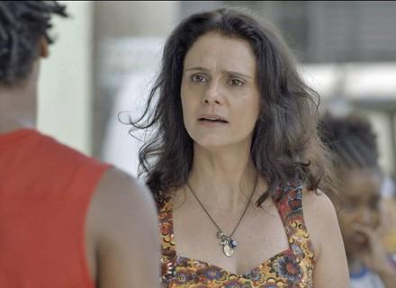 Rosângela flagra nova briga de Jeniffer e ganha elogio de Montanha: 'Braba e bonita'