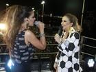 Mariana Rios canta com Claudia Leitte em trio elétrico
