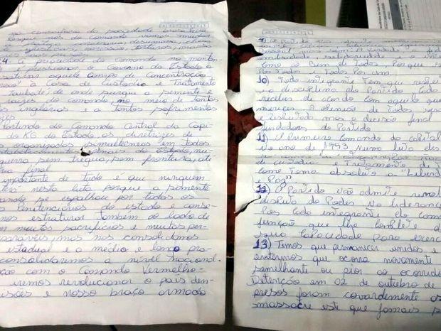 Estatuto de facção criminosa escrito à mão foi encontrado na casa de jovem em Piracicaba (Foto: Valter Martins/Piracicaba em Alerta)