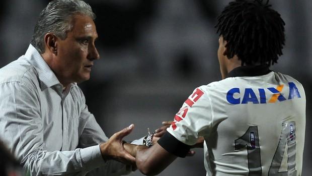 Tite e Romarinho, Corinthians x San José (Foto: Reuters)