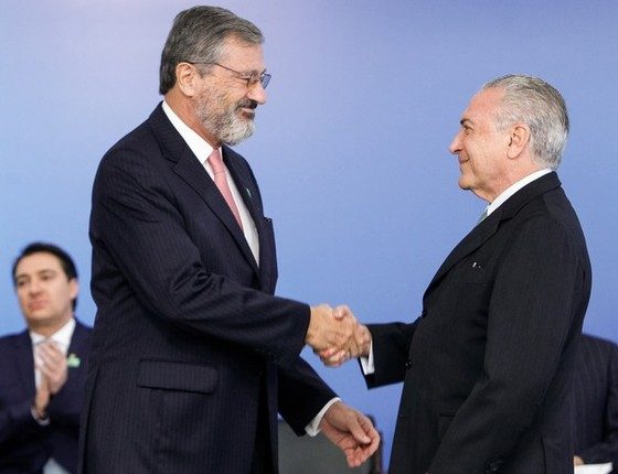 O ministro Torquato Jardim e o presidente Michel Temer (Foto: Beto Barata/PR)