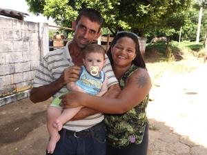 Nilson, o filho, e Carlene formaram nova família (Foto: Alan Schneider/G1)