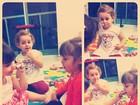 Filha de Fernanda Pontes brinca de passar batom nas amiguinhas