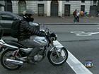 CET cria faixa exclusiva para parada de motos em cruzamentos de SP