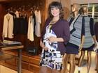 Grávida do segundo filho, Regiane Alves vai a evento de moda