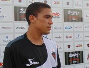Toty, lateral-direito do Botafogo-PB (Foto: Divulgação / Botafogo-PB)