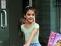 Após polêmica com Tom Cruise e Katie Holmes, Suri vai a aula de balé