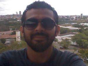 Tamisom  Nóbrega é estudante da UEPB e sente medo da violência nos bairros perto da universidade (Foto: Divulgação/Arquivo pessoal)