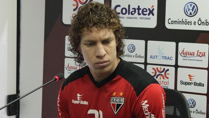 Renan Foguinho - volante Atlético-GO (Foto: Fernando Vasconcelos)