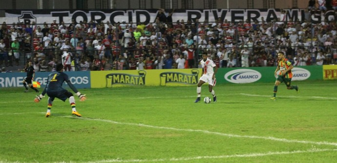 River-PI x Sampaio Corrêa, Copa do Nordeste (Foto: Stephanie Pacheco)