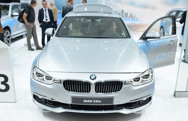 BMW-Série-3-reestilizado (Foto: Newspress)