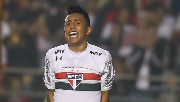Cueva São Paulo Atlético-GO (Foto: Newton Menezes/Futura Press)