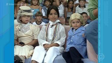 Crianças do 'Gente Inocente' homenageiam Chico Anysio