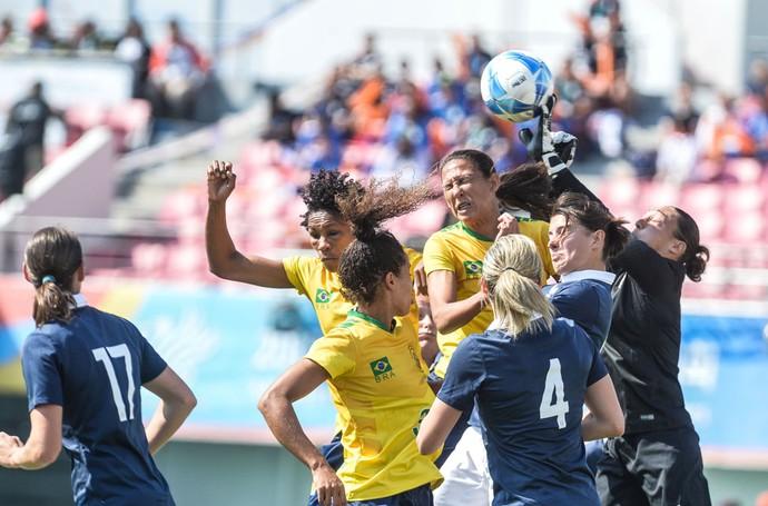 Brasil x França futebol feminino Jogos Mundiais Militares (Foto: Felipe Barra)