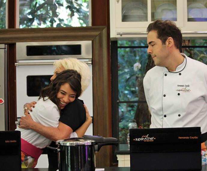 Miá Mello se despede do Super Chef Celebridades, enquanto Ceylão continua na disputa (Foto: Priscilla Massena/Gshow)