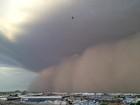 Tempestade de areia atinge a cidade de Phoenix, nos EUA