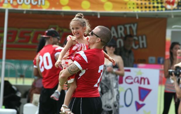 Jennifer Lopez e Casper Smart (Foto: GV Cruz/ Getty Images)