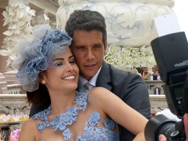 Traição na lua de mel: Márcio Garcia e Maria Casadevall vivem romance atribulado (Foto: Amor à Vida/TV Globo)