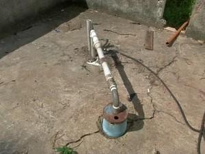 Bomba que puxa água de poço artesiano quebrou (Foto: Reprodução/TV TEM)
