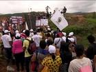 Tragédia em Mariana completa 1 ano e centenas de moradores protestam