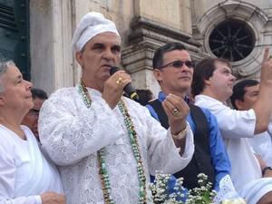 Líderes do hinduísmo, candomblé e espiritismo em ato eumênico em Salvador (Foto: Maiana Belo/G1)