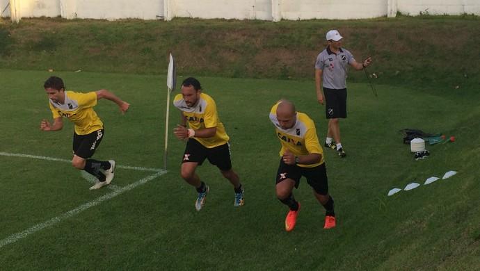 Edno, Leonardo Luiz e Rafael Miranda - ABC (Foto: Carlos Cruz/GloboEsporte.com)