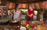 Solange Couto prepara Moqueca de Ovos com Camarões Secos