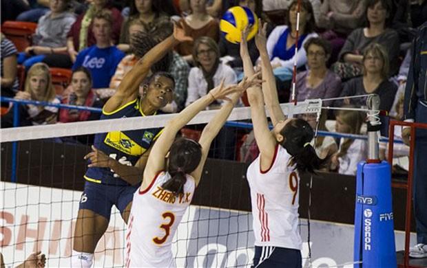 Fernanda Garay Brasil vôlei (Foto: Divulgação / Volley Masters)