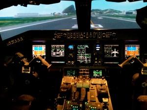 Simulador da Azul Linhas Aéreas (Foto: Mauricio Barbosa / G1 Campinas)