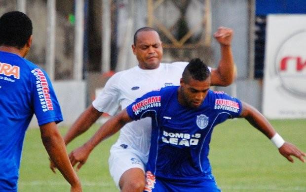 Atacante Tuta, em atuação pelo União Barbarense (Foto: Cláudio Mariano/sbonews)